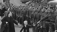 (en.wikipedia.org)  Když jsem byl dítě, střídající se presidenti nám říkali, že musíme bojovat ve Vietnamu, Kambodži a...