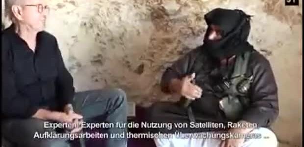(Dotsub.com)  Autor videa Jürgen Todenhöfer (76 let) je německý spisovatel, novinář a politik. Píše např. o Islámském státu, do...