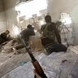 (commons.wikimedia.org)  Vstup do Aleppa Do Aleppa jsme se dostali přes Sheikh Maqsoud, Kurdy drženou čtvrť, na kterou byly podnikány...