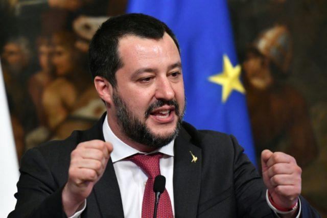 Straně Liga Mattea Salviniho se v Itálii zdvojnásobila popularita