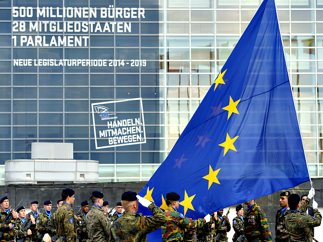 Rakousko couvá ze své podpory projektu Armády EU