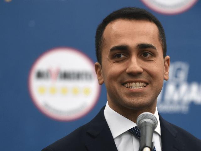 Francouzský establishment hysterčí kvůli nepřijatelné provokaci italských populistů schůzkou se Žlutými vestami