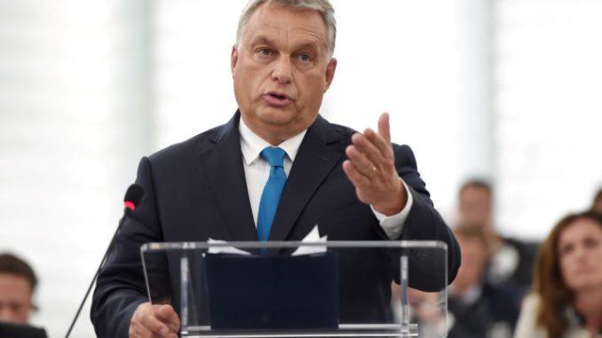 Maďarský premiér Viktor Orbán vyzývá 'anti-imigrační síly', aby se zmocnily řízení EU