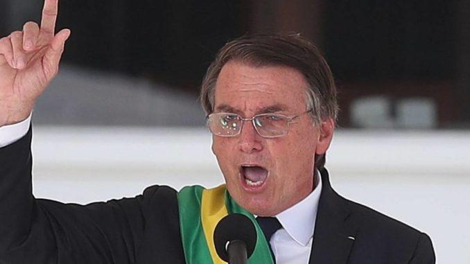 Brazilský prezident skoncuje s 'genderovým vymýváním mozků' dětem ve školách