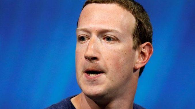 Kongres nařizuje Facebooku, Googlu a Twitteru, aby vypovídali o censuře konzervativních hlasů